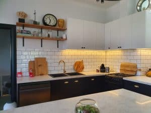 Kendall Kitchen Photo 3