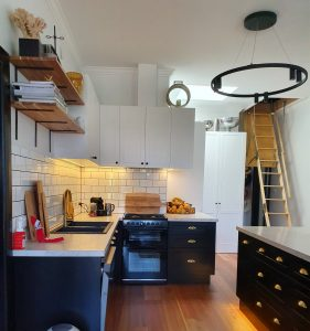 Kendall Kitchen Photo 6